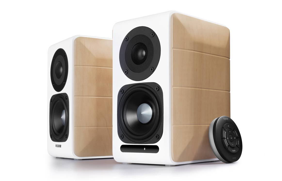 S880DB Hi-Res Audio Certified Powered Speakers